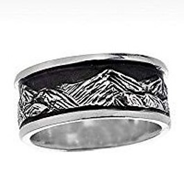 tall-peaks-wedding-ring