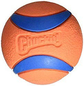 Click here to buy the Chuckit ultra dog ball on Amazon Button