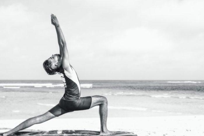 What Do Guys Wear To Yoga Men S Essentials Thinkvail