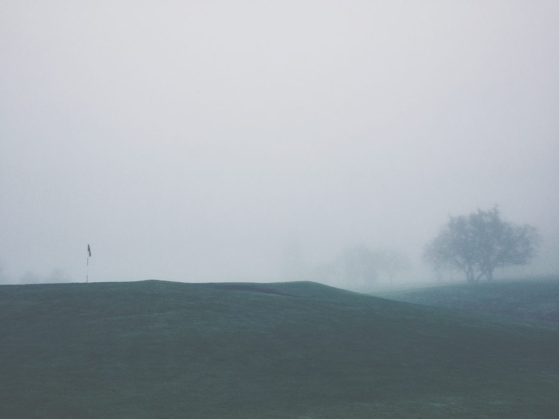 foggy rains oaked golf course