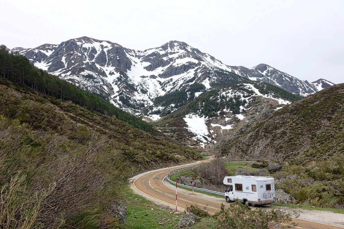 RV in the mountains