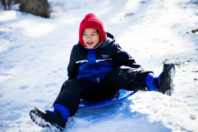 Sportsstuff Gizmo Kids Inflatable Snow Tube//Sled